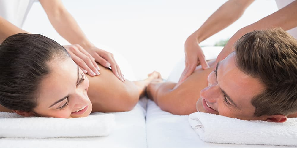 man and woman having a swedish holistic massage in Reading.